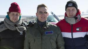 Viki, Sami Saikkonen ja Köpi pienlentokentällä