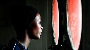 En kvinna ombord på Aquarius