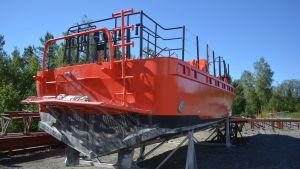 Finnpilots lotsbåt L 242 råkade ut för en olycka i december 2017