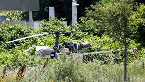 Brottslingen Redoine Faïd flydde från ett fängelse med den här helikoptern som senare hittades övergiven i Gonesse.