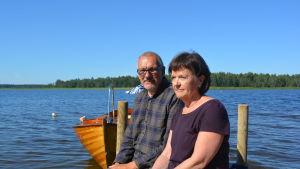 Christer och Nina Tonberg på bryggan