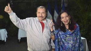 Nicaraguas presidentpar Daniel Ortega och Rosario Murillo.