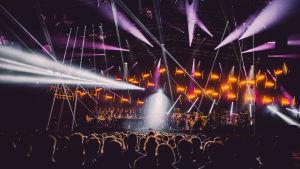 Yleisöä Classical Trancelations -konsertissa