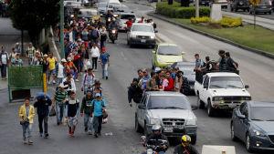 Honduraner på vandring på väg till USA