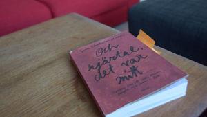 """Boken """"Och hjärtat, det var mitt""""."""