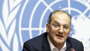 WHO:s chef för nödlägen Peter Salama, säger att ebolaläget aldrig har varit så problematiskt tidigare på grund av två fientliga rebellgrupper i det drabbade området