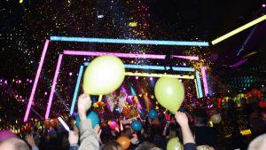 Fest i publiken under finalen på Melodifestivalen år 2013.