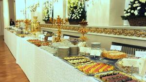 Matbordet på självständighetsfesten 2011.