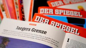 Foton av flera exemplar av Der Spiegel