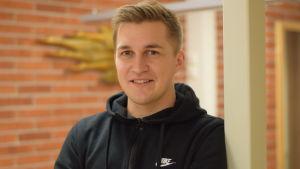 Porträttbild på Oscar Hafström.