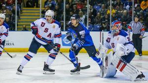 Santeri Virtanen och Juniorlejonen föll klart mot ett skickligt försvarande USA.