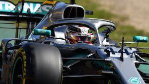 Lewis Hamilton snabbast i årets första träning