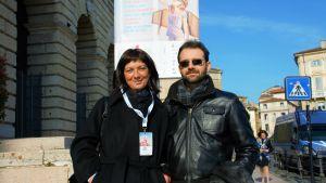 Edda Marega och Marco Bonaldo är två nyfikna som kommit för att delta på kongressen som åhörare och tycker att fler borde vara där för att lyssna på argumenten