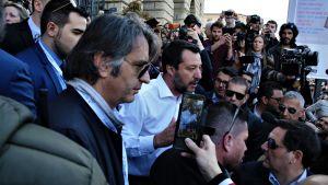 Matteo Salvini kom till Världskongressen för familjer i Verona trots hård kritik bland annat från regeringskollegorna från Femstjärnerörelsen