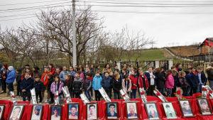 Minneshögtid 26. mars 2019 för att markera minnet av de 113 män som mördades av serbiska trupper i byn Krusha e Vogel i Kosovo.