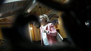 Anna-Maja Henriksson under regeringsförhandlingarna den 17 maj 2019.