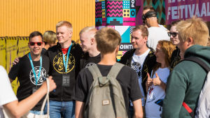 ENCE-joukkue ja fanit tapasivat Pointissa.