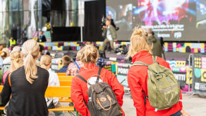 Melodi Grand Prix sai yleisön tanssimaan.