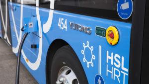HSL:n sähköbussi