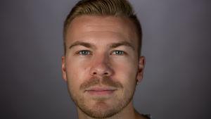 Närbild av Joel Edström