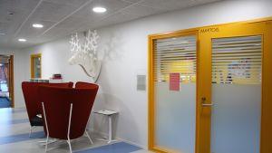 Korridor i Kvevlax lärcenter.