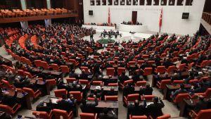Turkiets parlament röstar för att sända trupper till Libyen