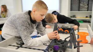 Robotiikkaopetusta Riihimäellä