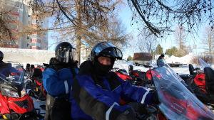 hollantilaisturistit Ruud ja Franca Dingemans Rovaniemellä