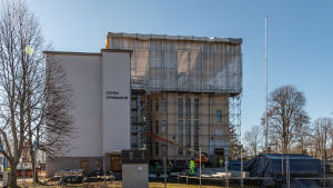 Lovisa gymnasium renoveras