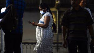 Gravid kvinna på Sri Lanka