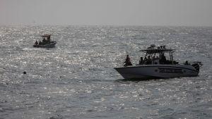 Den venezuelanska kustbevakningen patrullerar utanför  La Guaira
