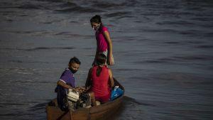 Invånare i Manacapuru, Amazonas, Brasilien 8.6.2020