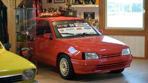 Den här bilen körde rallycrossföraren Niclas Grönholm med på åkrarna då han var yngre.