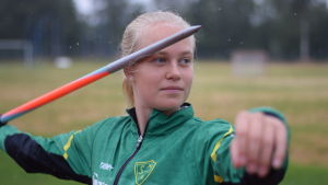 SIF:s Emilia Karell ger prov på kastetknik