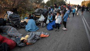 Tusentals saknar tak över huvudet på Lesbos.