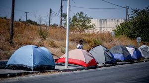 Tillfälliga tält för migranter på Lesbos