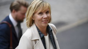 En leende Anna-Maja Henriksson.