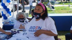 Maria Prentice jobbar som volontär för Joe Bidens presidentvalskampanj.
