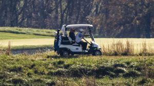 Donald Trump tog en golfrunda 8.11.2020