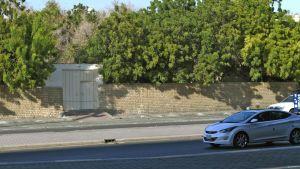Utanför den icke-muslimska begravningsplatsen i Jeddah, Saudiarabien. En bomb exploderade på begravningsplatsen 11.11.2020