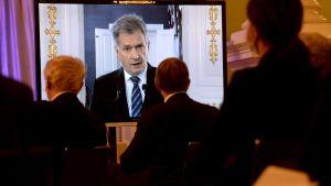President Sauli Niinistö talar via video i samband med ett J.K.Paasikivi-jubileum