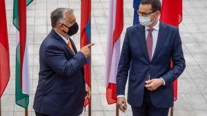 Mateusz Morawiecki och Viktor Orbán i 11.9.2020