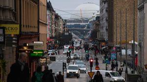 Människor på Södermalm i Stockholm.