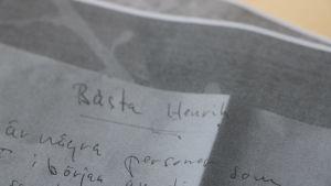 Ett handskrivet brev.