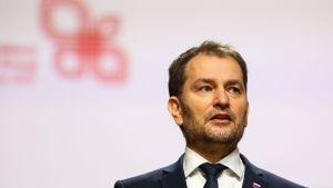 Slovakiens hårt kritiserade premiärminister  Igor Matovič vägrar att avgå om inte andra partiledare i regeringen gör det samma.