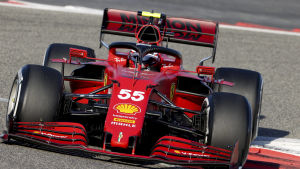 Ferraris nya förare Carlos Sainz under ett träningsvarv.