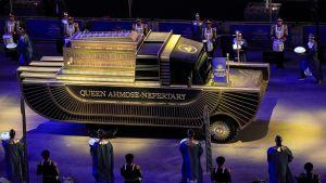 Drottning Ahmose-Nefertari  - dotter till farao Seqenenre Tao - transporteras här som mumie genom Kairo 3.4.2021