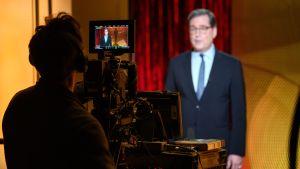 David Rubin julkistaa Oscar-ehdokkaita kameran edessä