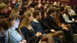 Tammerkosken lukion nuorisoparlamentti -tapahtuma, yleisöä