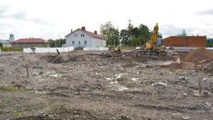 Sipoonjoen koulu har rivits för att ge plats åt Nickby hjärta